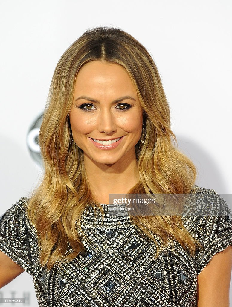 Stacy Keibler arrives at The 40th American Music Awards at Nokia Theatre L.A. Live on November 18, 2012 in Los Angeles, California.