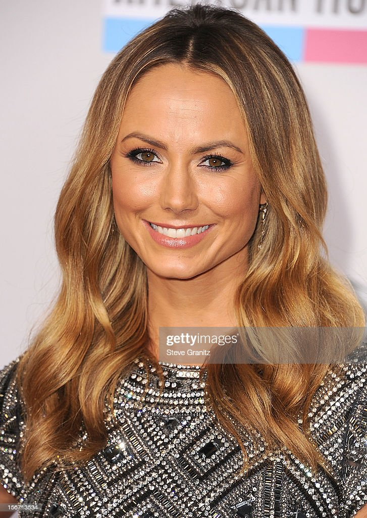 Stacy Keibler arrives at the 40th Anniversary American Music Awards at Nokia Theatre L.A. Live on November 18, 2012 in Los Angeles, California.