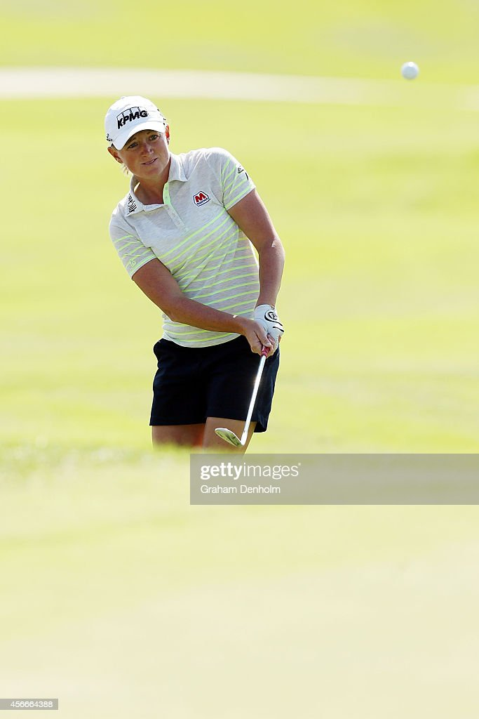 <a gi-track='captionPersonalityLinkClicked' href=/galleries/search?phrase=Stacy+Lewis&family=editorial&specificpeople=4217318 ng-click='$event.stopPropagation()'>Stacy Lewis</a> of USA hits a shot from the bunker during day four of the 2014 Reignwood LPGA Classic at Reignwood Pine Valley Golf Club on October 5, 2014 in Beijing, China.