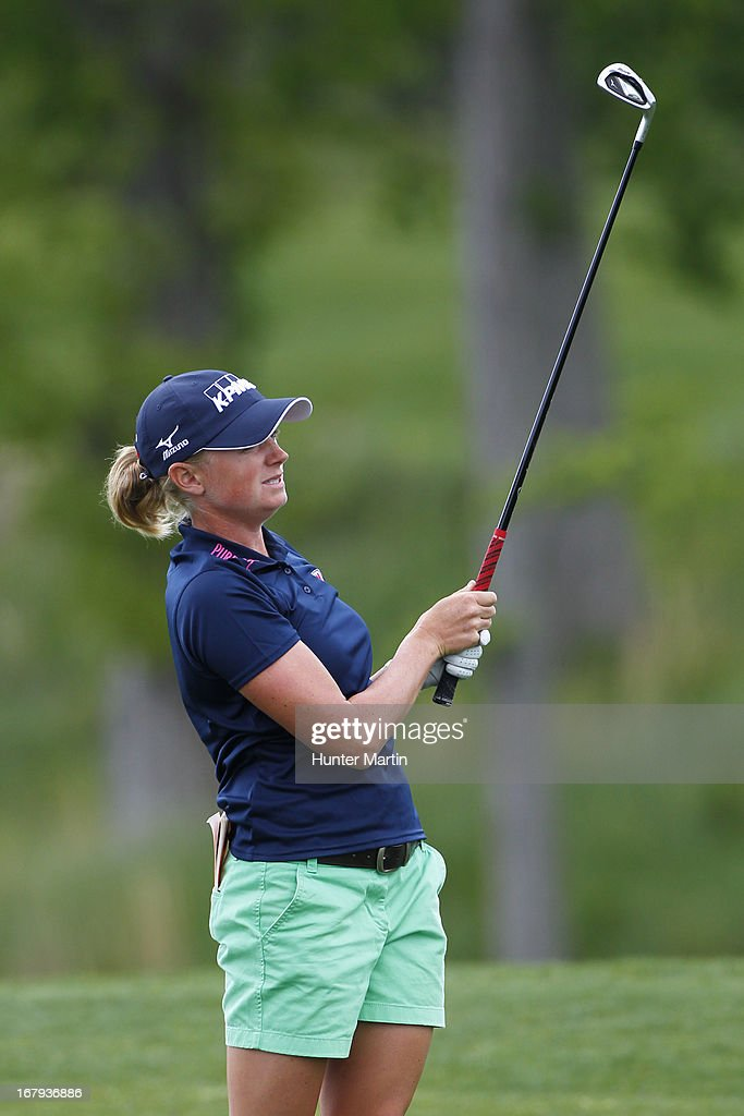 <a gi-track='captionPersonalityLinkClicked' href=/galleries/search?phrase=Stacy+Lewis&family=editorial&specificpeople=4217318 ng-click='$event.stopPropagation()'>Stacy Lewis</a> watches her second shot on the 18th hole during the first round of the Kingsmill Championship at Kingsmill Resort on May 9, 2013 in Williamsburg, Virginia.