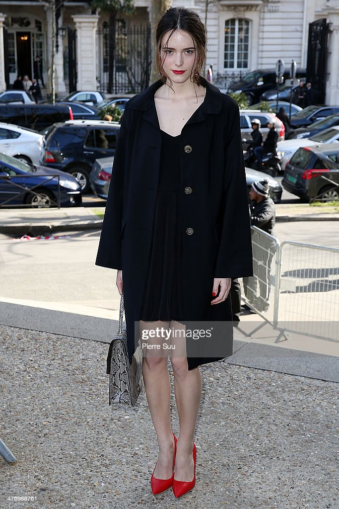 <a gi-track='captionPersonalityLinkClicked' href=/galleries/search?phrase=Stacy+Martin&family=editorial&specificpeople=5545651 ng-click='$event.stopPropagation()'>Stacy Martin</a> arrives at the Miu Miu show as part of the Paris Fashion Week Womenswear Fall/Winter 2014-2015 on March 5, 2014 on March 5, 2014 in Paris, France.