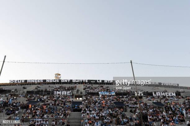 Stade Velodrome de Marseille / Banderole des supporters en hommage aux morts de l accident de car Marseille / Brann Bergen Tour Preliminaire...