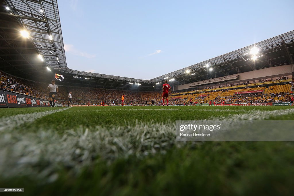 Stadium overview during the Third League match between SG Dynamo Dresden and FC RotWeiss Erfurt at GlücksgasStadion on August 13 2015 in Dresden...