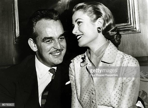 10th January 1956 American actress Grace Kelly with her fiance Prince Rainier of Monaco Grace Kelly born in Philadelphia was a cool elegant beauty...
