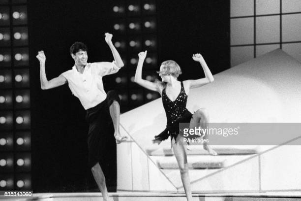 Stage star and former model Twiggy with her Broadway costar Tommy Tune during rehearsal for the Royal Variety Performance to be held in the presence...
