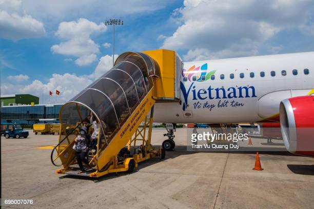 A stairway up and down the plane of Viet Nam, where passengers move up and down the plane.