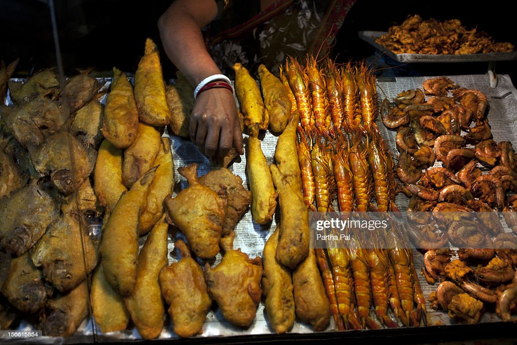 Stall for selling fry fishes in Digha. : Stock Photo