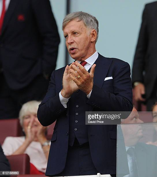 Stan Kroenke Director of Arsenal before the Premier League match between Arsenal and Chelsea at Emirates Stadium on September 24 2016 in London...