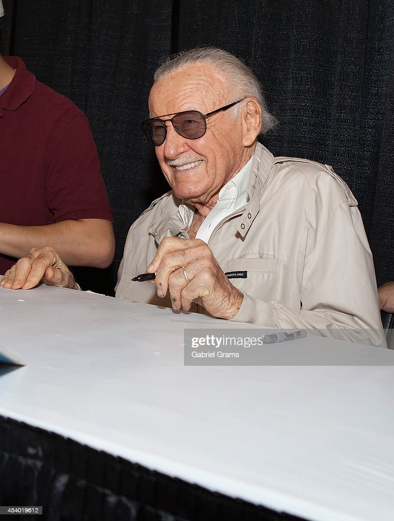 <a gi-track='captionPersonalityLinkClicked' href=/galleries/search?phrase=Stan+Lee&family=editorial&specificpeople=206380 ng-click='$event.stopPropagation()'>Stan Lee</a> attends Wizard World Chicago Comic Con 2014 at Donald E. Stephens Convention Center on August 23, 2014 in Chicago, Illinois.