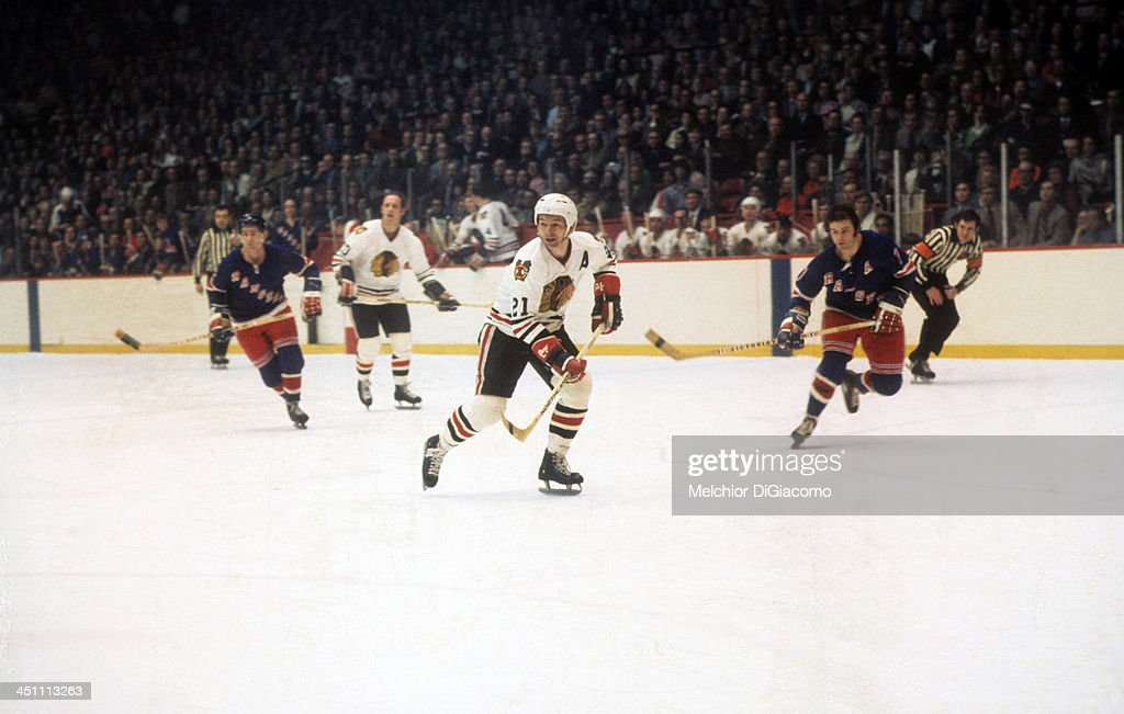 <a gi-track='captionPersonalityLinkClicked' href=/galleries/search?phrase=Stan+Mikita&family=editorial&specificpeople=1691052 ng-click='$event.stopPropagation()'>Stan Mikita</a> #21 of the Chicago Blackhawks skates on the ice during a 1973 Semi-Finals game against the New York Rangers in April, 1973 at the Chicago Stadium in Chicago, Illinois.