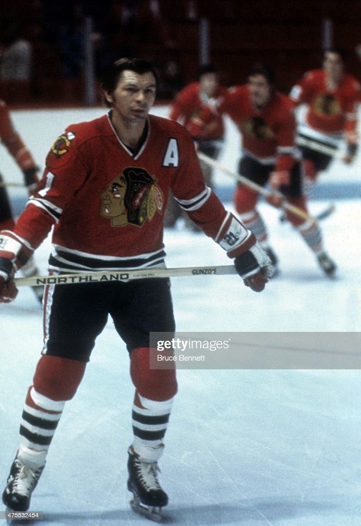 <a gi-track='captionPersonalityLinkClicked' href=/galleries/search?phrase=Stan+Mikita&family=editorial&specificpeople=1691052 ng-click='$event.stopPropagation()'>Stan Mikita</a> #21 of the Chicago Blackhawks skates on the ice during warm-ups before an NHL game against the Montreal Candiens circa 1975 at the Montreal Forum in Montreal, Quebec, Canada.