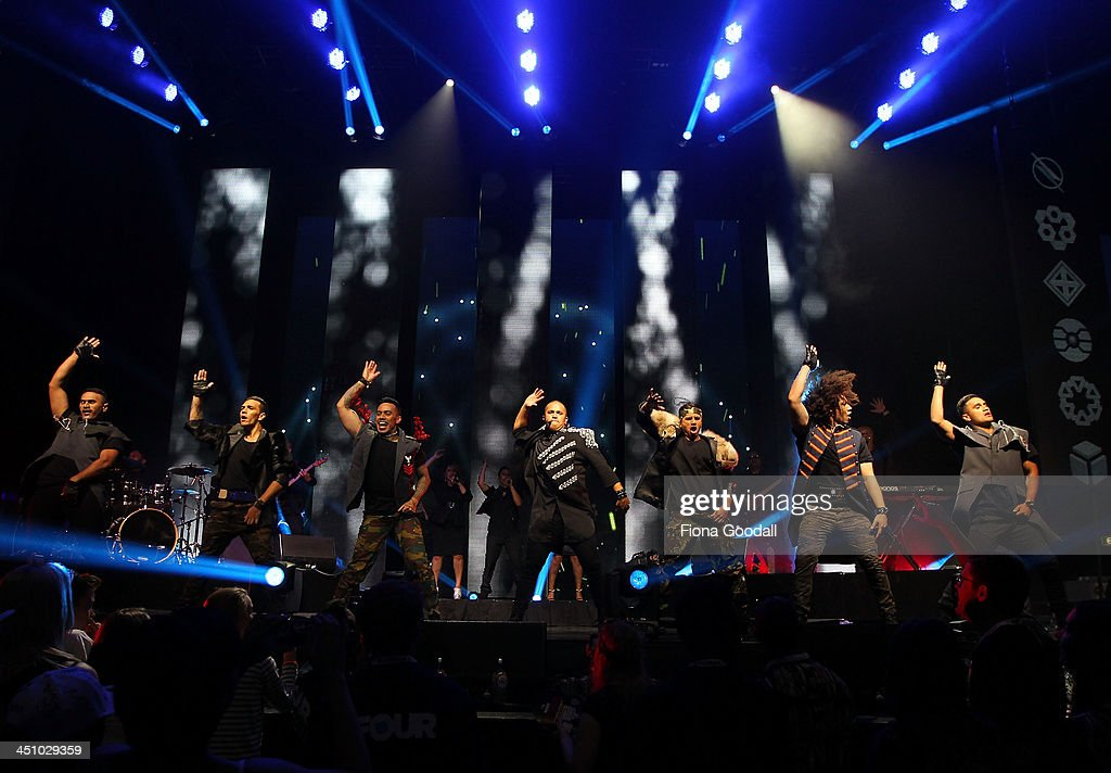 Stan Walker performs on stage during the New Zealand Music Awards at Vector Arena on November 21, 2013 in Auckland, New Zealand.