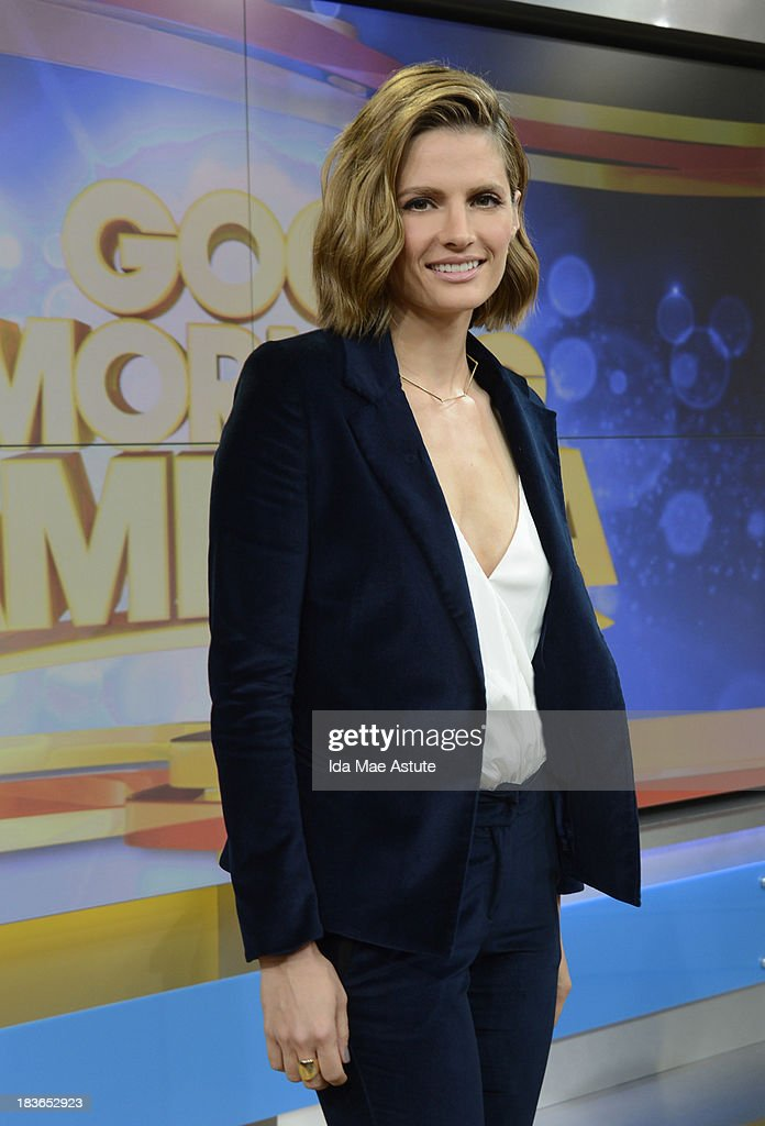AMERICA - Stana Katic of 'Castle' visits GOOD MORNING AMERICA, 10/7/13, airing on the ABC Television Network. (Photo by Ida Mae Astute/ABC via Getty Images) STANA