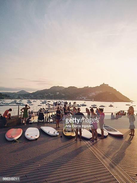 Stand up surf in San Sebastián
