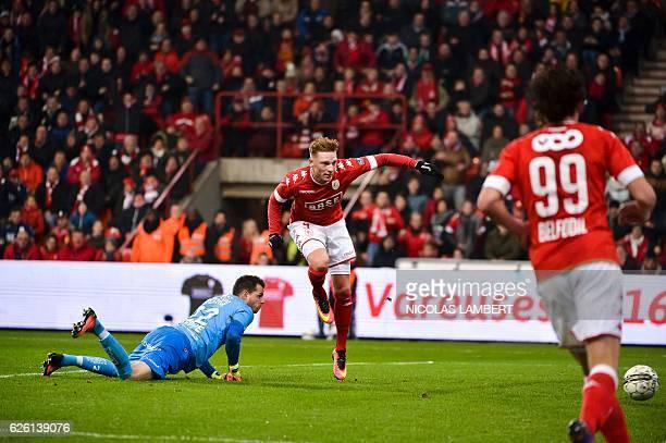 Standard's Belgian striker Renaud Emond scores a goal during the Belgian soccer championship Jupiler Pro League match between Standard de Liege and...