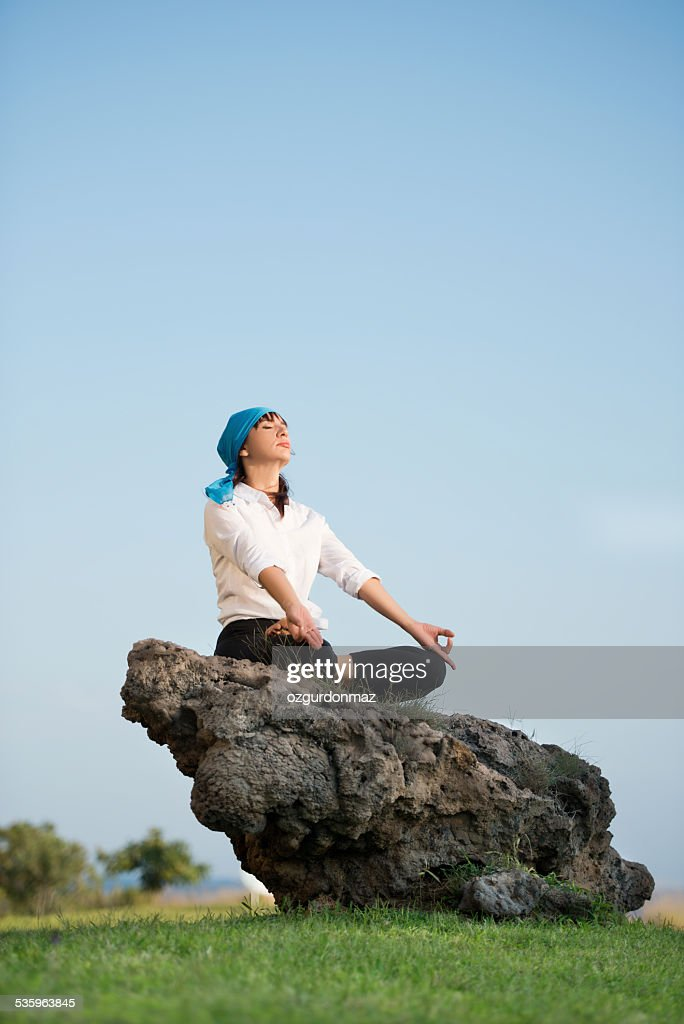 Standing out from the crowd : Stock Photo