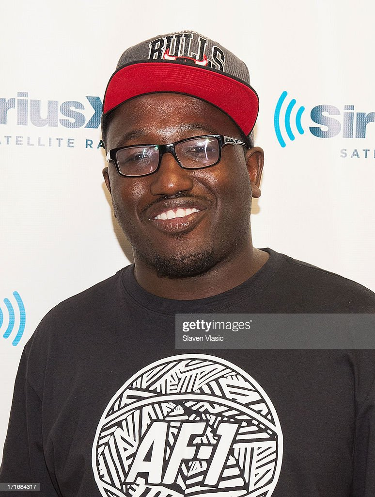 Stand-up comedian/actor <a gi-track='captionPersonalityLinkClicked' href=/galleries/search?phrase=Hannibal+Buress&family=editorial&specificpeople=4517735 ng-click='$event.stopPropagation()'>Hannibal Buress</a> visits SiriusXM Studios on June 27, 2013 in New York City.