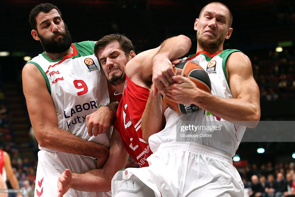 Stanko Barac, #27 of EA7 Emporio Armani Milan competes with Kim Tillie, #14 of Laboral Kutxa Vitoria Gasteiz during the Turkish Airlines Euroleague Basketball Regular Season Date 1 game EA7 Emporio Armani Milan v Laboral Kutxa Vitoria Gasteiz at Mediolanum Forum on October 16, 2015 in Milan, Italy.