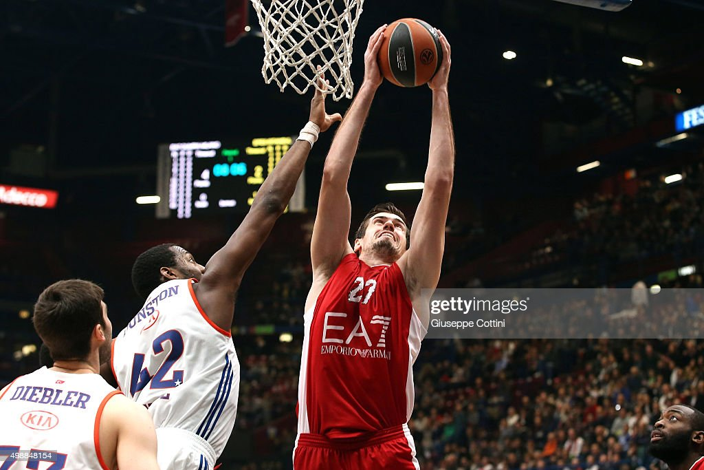 Stanko Barac, #27 of EA7 Emporio Armani Milan in action during the Turkish Airlines Euroleague Regular Season Round 7 game between EA7 Emporio Armani Milan v Anadolu Efes Istanbul at Mediolanum Forum on November 26, 2015 in Milan, Italy.
