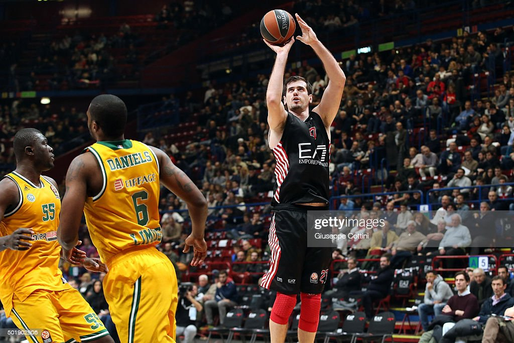 Stanko Barac, #27 of EA7 Emporio Armani Milan in action during the Turkish Airlines Euroleague Basketball Regular Season Round 10 game between EA7 Emporio Armani Milan v Limoges CSP at Mediloanum Forum on December 18, 2015 in Milan, Italy.