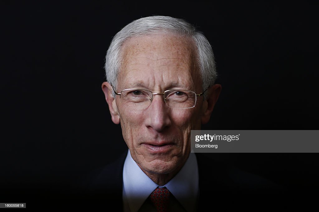 Stanley Fischer, governor of the Bank of Israel, poses for a photograph following a Bloomberg Television interview on day three of the World Economic Forum (WEF) in Davos, Switzerland, on Friday, Jan. 25, 2013. World leaders, influential executives, bankers and policy makers attend the 43rd annual meeting of the World Economic Forum in Davos, the five day event runs from Jan. 23-27. Photographer: Simon Dawson/Bloomberg via Getty Images