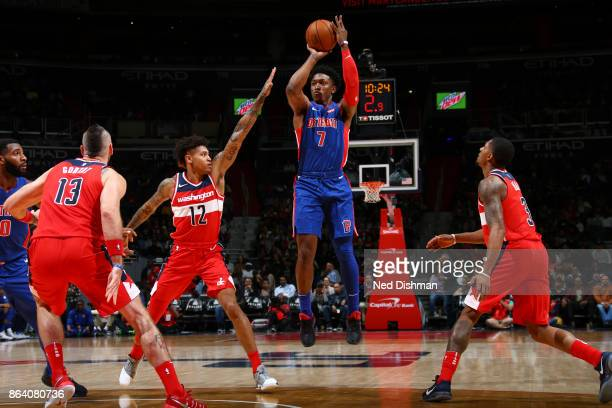 Stanley Johnson of the Detroit Pistons shoots the ball during game against the Washington Wizards on October 20 2017 at Capital One Arena in...