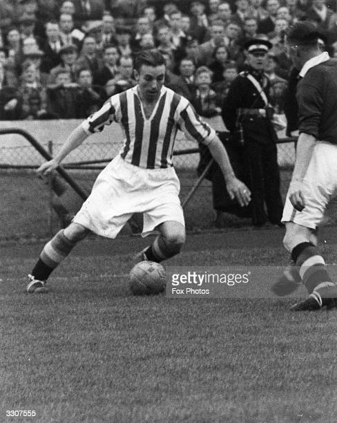 Stanley Matthews in action for Stoke City