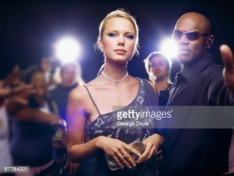 Star and security guard at  ceremony award : Foto de stock