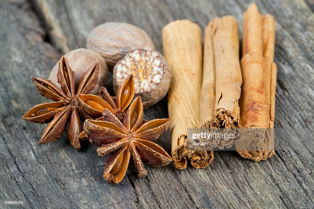 star anise, ceylon cinnamon and nutmeg : Stock Photo
