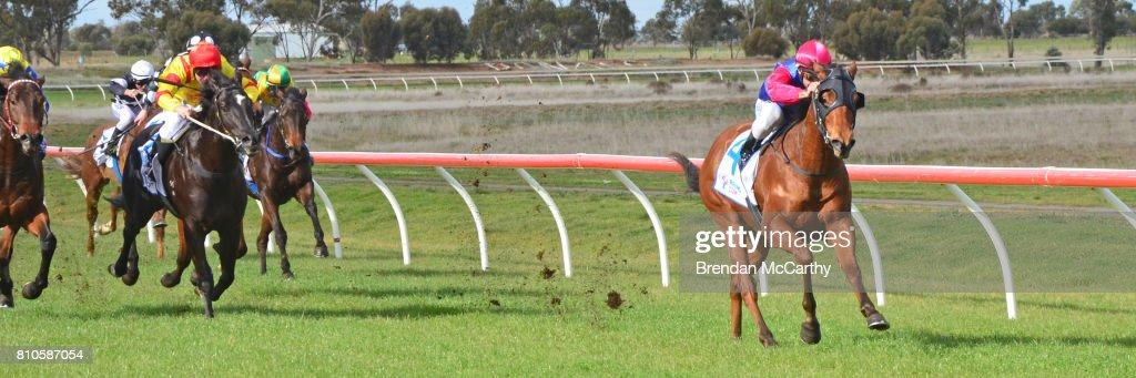 Donald & District Racing Club Race Meeting