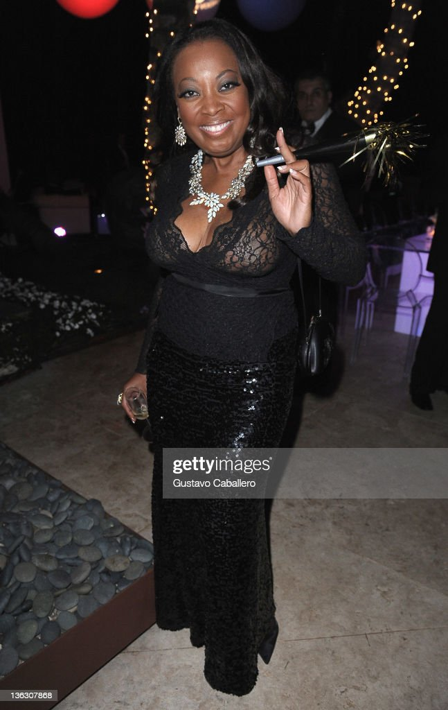 <a gi-track='captionPersonalityLinkClicked' href=/galleries/search?phrase=Star+Jones&family=editorial&specificpeople=202645 ng-click='$event.stopPropagation()'>Star Jones</a> attends a Private Residence on December 31, 2011 in Miami Beach, Florida.