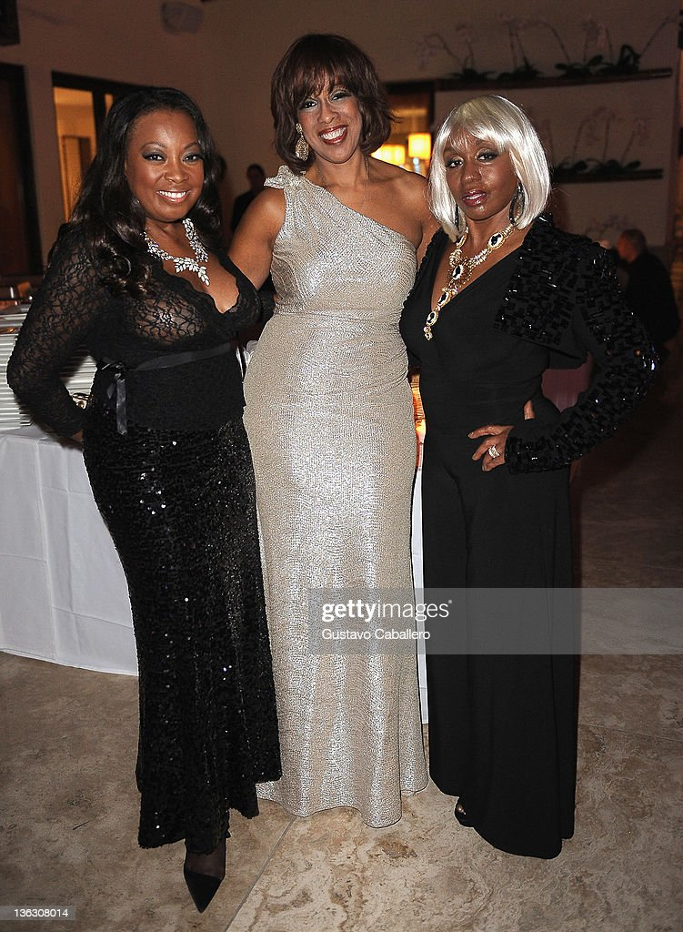 <a gi-track='captionPersonalityLinkClicked' href=/galleries/search?phrase=Star+Jones&family=editorial&specificpeople=202645 ng-click='$event.stopPropagation()'>Star Jones</a>, <a gi-track='captionPersonalityLinkClicked' href=/galleries/search?phrase=Gayle+King&family=editorial&specificpeople=215469 ng-click='$event.stopPropagation()'>Gayle King</a> and <a gi-track='captionPersonalityLinkClicked' href=/galleries/search?phrase=Janice+Combs&family=editorial&specificpeople=213576 ng-click='$event.stopPropagation()'>Janice Combs</a> at Private Residence on December 31, 2011 in Miami Beach, Florida.