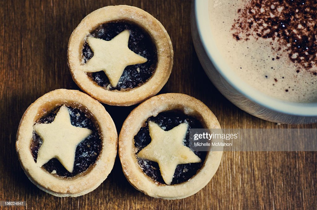 Star mince pies and coffee