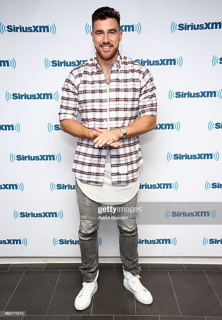 Celebrities Visit SiriusXM - July 27, 2016