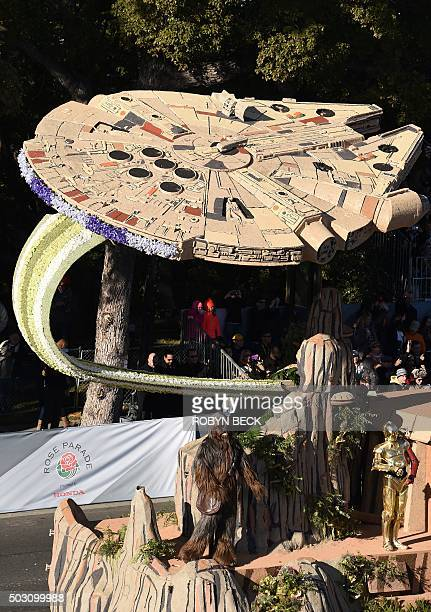 Millennium Falcon Photos Et Images De Collection Getty