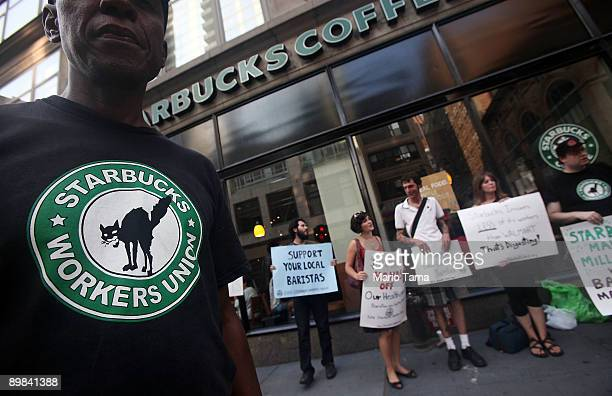 Starbucks baristas and supporters protest outside a Manhattan Starbucks August 17 2009 in New York City The demonstrators were protesting cuts in...