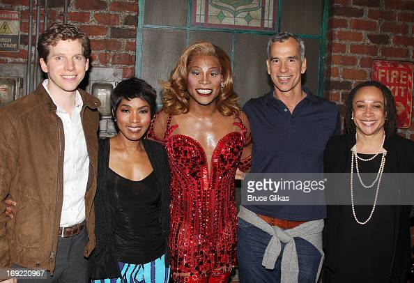 Stark Sands as 'Charlie' Angela Bassett Billy Porter as 'Lola' director/choreographer Jerry Mitchell and S Epatha Merkerson pose backstage at the hit...