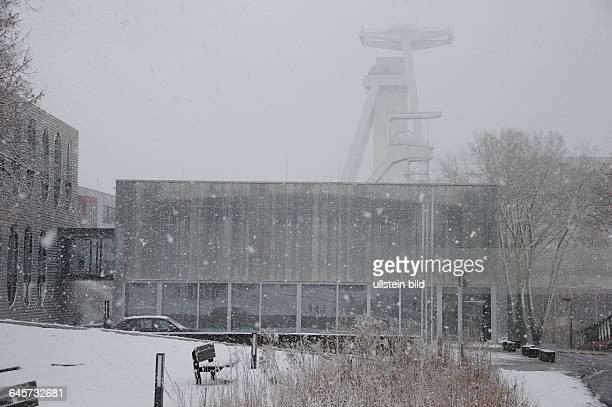 Starker Schneefall setzt am Standort der ehemaligen Grube Göttelborn ein