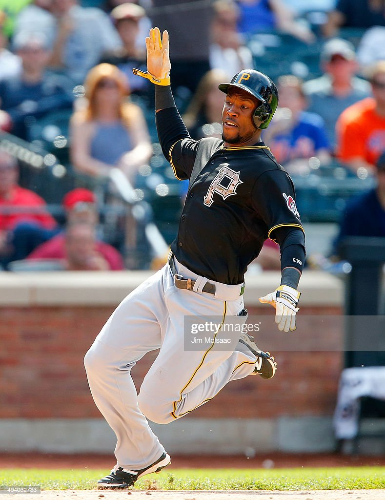 <a gi-track='captionPersonalityLinkClicked' href=/galleries/search?phrase=Starling+Marte&family=editorial&specificpeople=7934200 ng-click='$event.stopPropagation()'>Starling Marte</a> #6 of the Pittsburgh Pirates in action against the New York Mets at Citi Field on May 26, 2014 in the Flushing neighborhood of the Queens borough of New York City. The Pirates defeated the Mets 5-3.