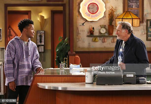 Starring Judd Hirsch and Jermaine Fowler SUPERIOR DONUTS follows the relationship between the gruff owner of a small donut shop his enterprising new...