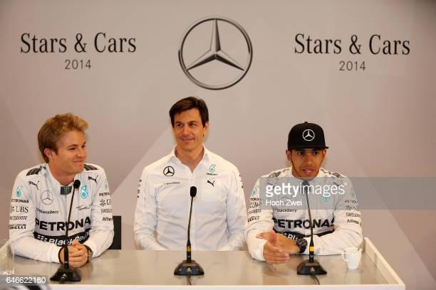Stars Cars Stuttgart Pressekonferenz Nico Rosberg Christian 'Toto' Wolff Lewis Hamilton