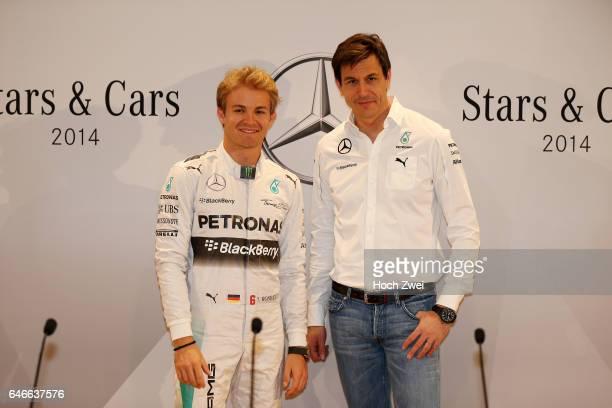 Stars Cars Stuttgart Pressekonferenz Nico Rosberg Christian 'Toto' Wolff