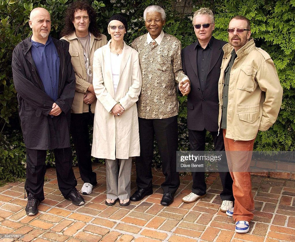 Stars Of Rock And Roll Join Forces For Nelson Mandela's 46664 Concert In Cape Town, South Africa. In The Pre, Concert Build Up This Morning (l, R) Peter Gabriel, Brian May, Annie Lennox, Roger Taylor And Dave Stewart, Met Former South African President And Prisoner 46664 Nelson Mandela At His Home In The Hills Above Cape Town, South Africa Gears Up For Aids Awareness Mandela Concert 46664. The Concert Is In Association With Mtv's Staying Alive & Www.46664.com Powered By Tiscali.