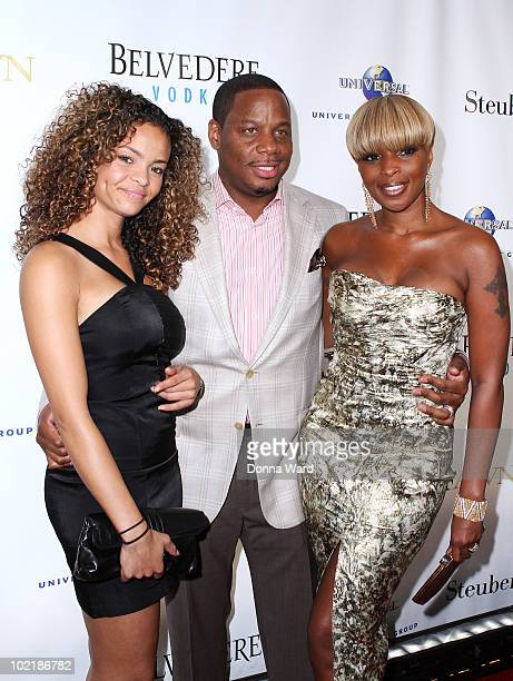 Starshell Kendu Isaacs and Mary J Blige attend 'An Evening with Mary J Blige and Friends' at Cipriani Wall Street on June 17 2010 in New York City