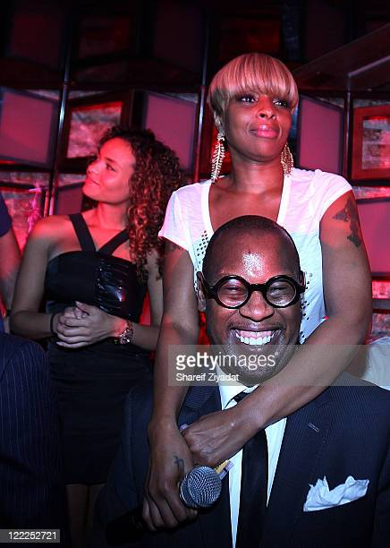 Starshelle Mary J Blige and Andre Harrell visit SL on June 17 2010 in New York City