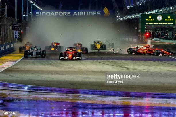Start crash during the Formula One Grand Prix of Singapore at Marina Bay Street Circuit on September 17 2017 in Singapore