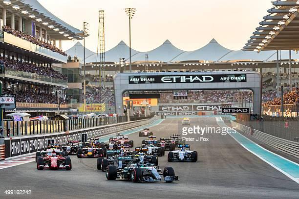 Start during the Abu Dhabi Formula One Grand Prix at Yas Marina Circuit on November 29 2015 in Abu Dhabi United Arab Emirates