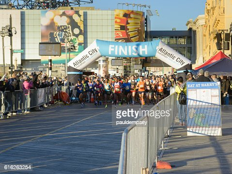 Start of 2016 Atlantic City Marathon : Stock Photo