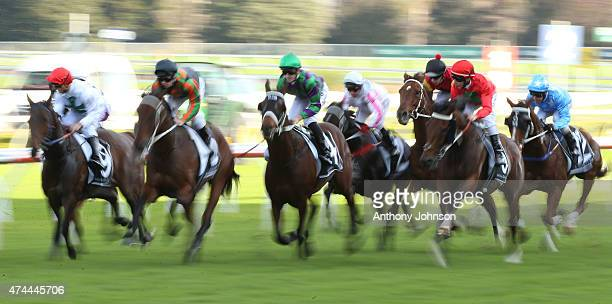Start of race 6 during Sydney Racing at Royal Randwick Racecourse on May 23 2015 in Sydney Australia