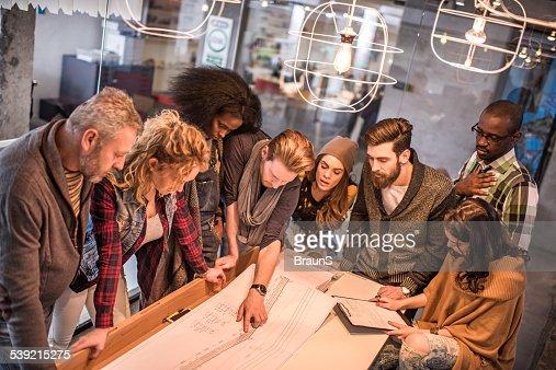 Comience con equipo trabajando en blueprints.